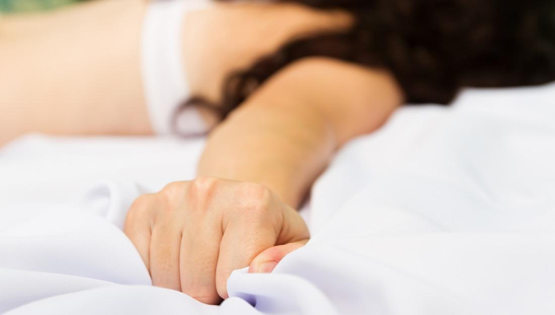 miten nainen saa orgasmin intiimihieronta helsinki