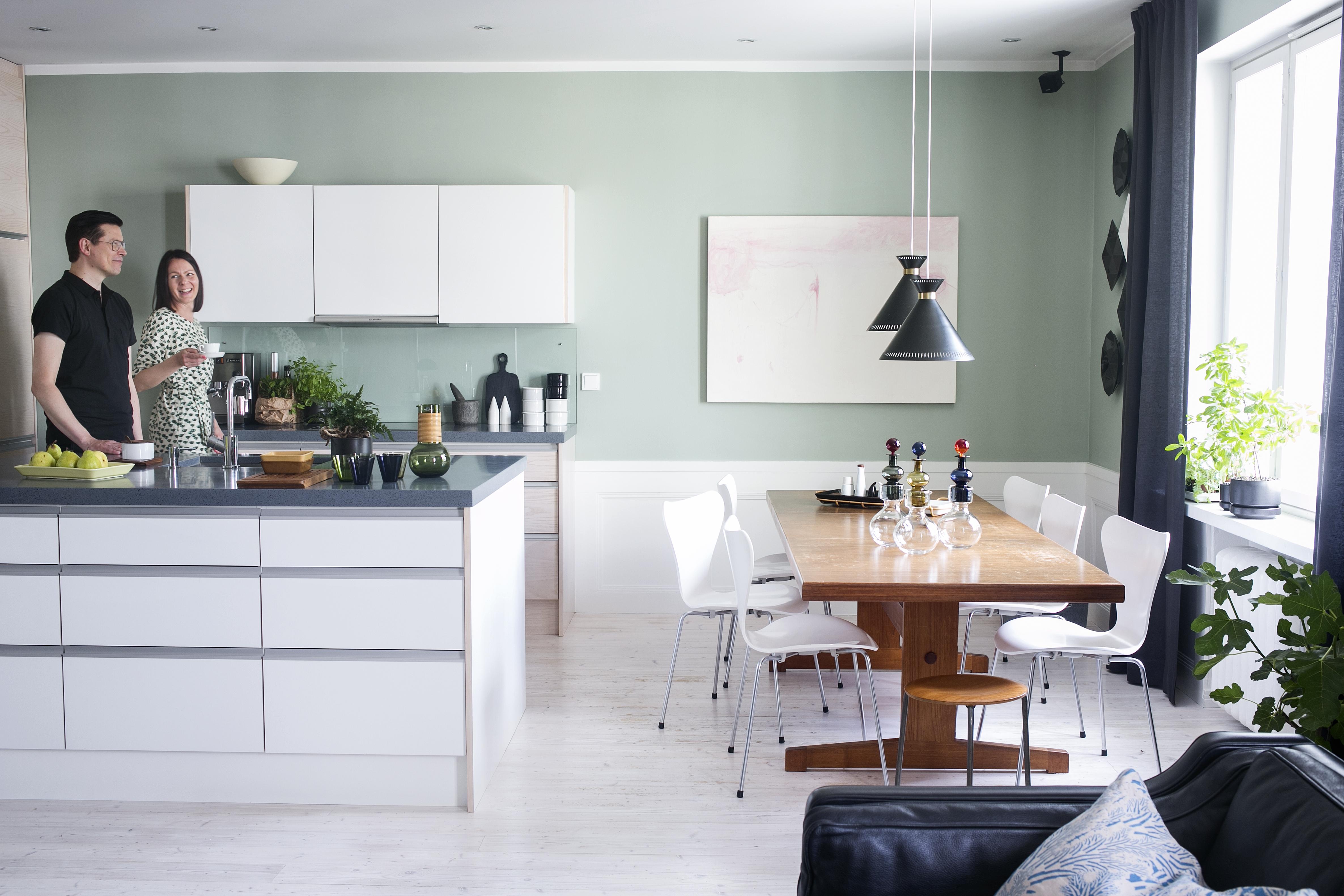 Jani keräilee astioita ja designlasia − koko perhe saa käyttää isän ...