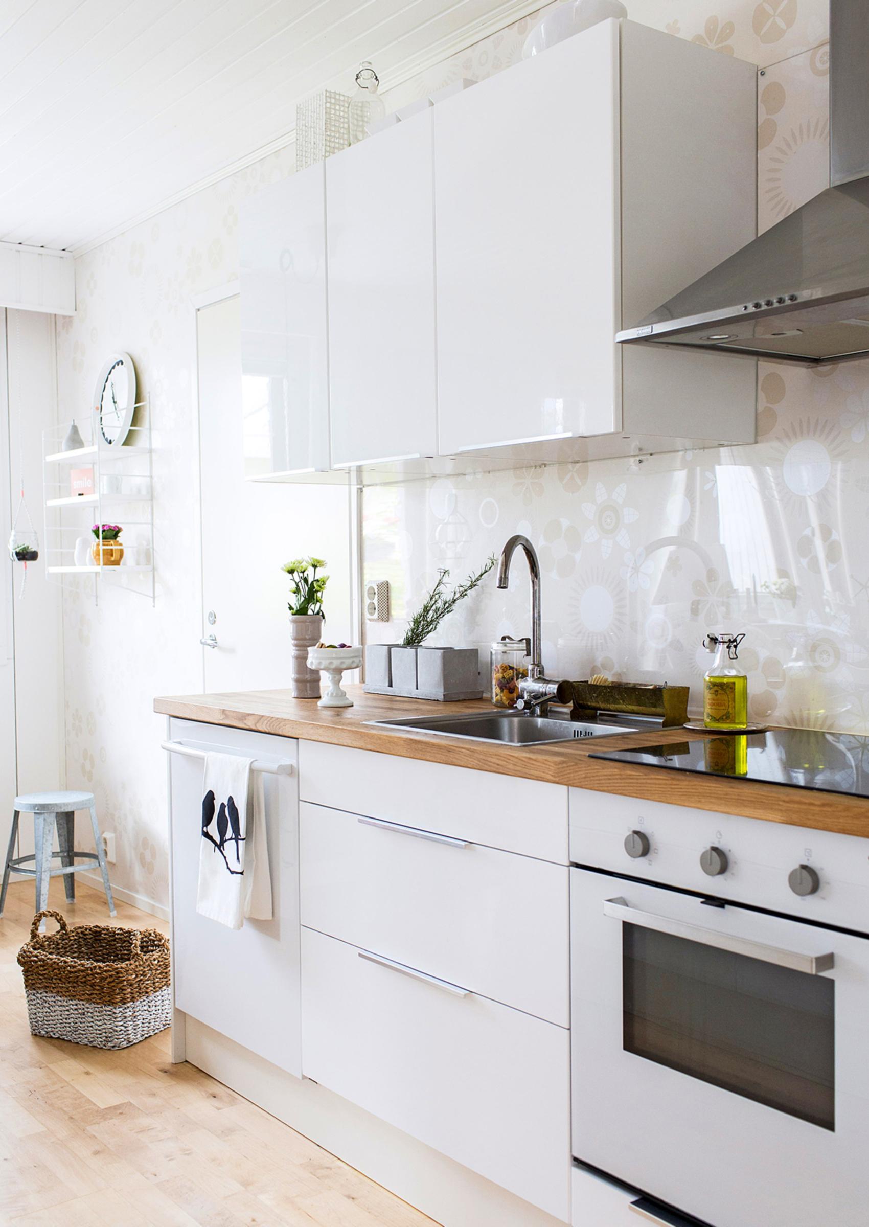 7 x keittiön välitila  Meillä kotona